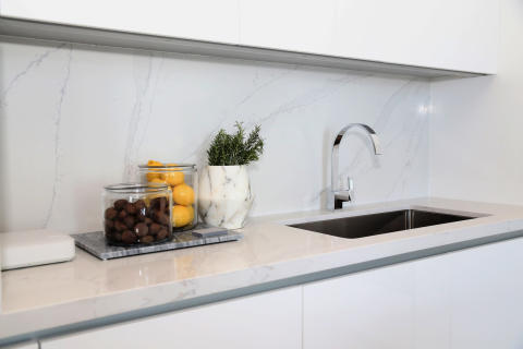 kitchen_countertop_by_silestone_calacatta_gold_Roberto_Migotto_2