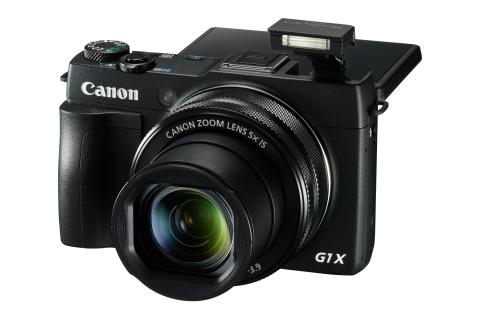 PowerShot G1 X Mark II FSL FLASH UP LCD UP 2