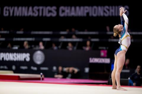 Emma Larsson till final i bom och fristående i World Challenge Cup