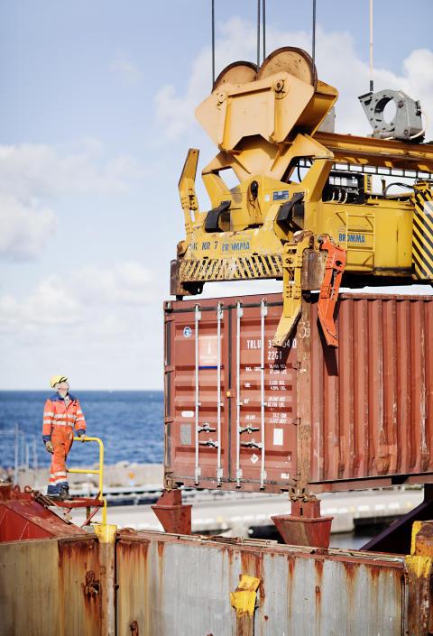 Containerlyft på fartyg