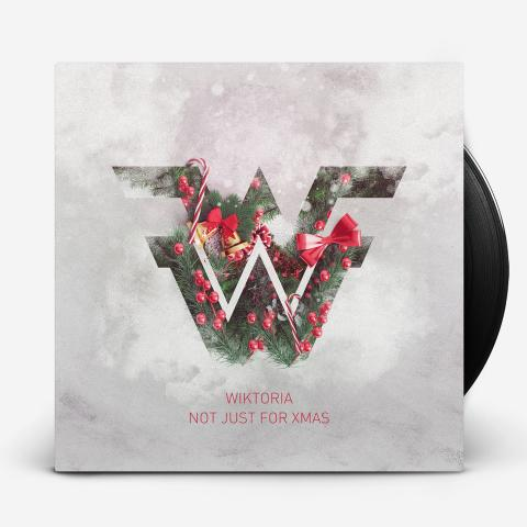 """Wiktoria släpper idag singeln """"Not Just For Xmas"""" som lyser upp höstmörkret"""