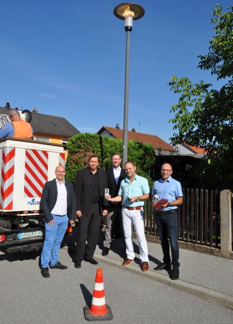Klimaschutz in Burglengenfeld - 872 LED-Straßenleuchten sparen künftig 73 Tonnen CO2