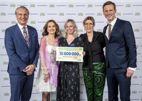 Operation Smile får 10,8 miljoner kronor från Svenska Postkodlotteriet