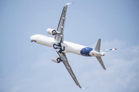 Så minskar industrin flygets utsläpp