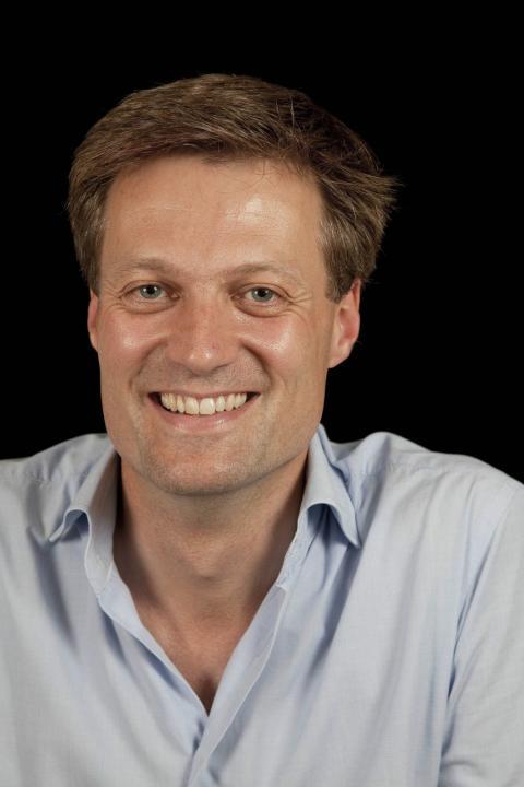 Speaker - Simon Darling