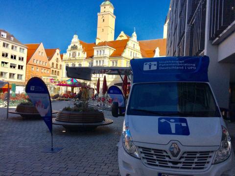 Beratungsmobil der Unabhängigen Patientenberatung kommt am 16. Juli nach Ingolstadt.
