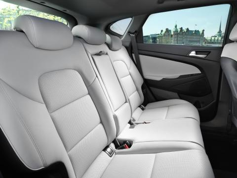 New Hyundai Tucson Interior (4)