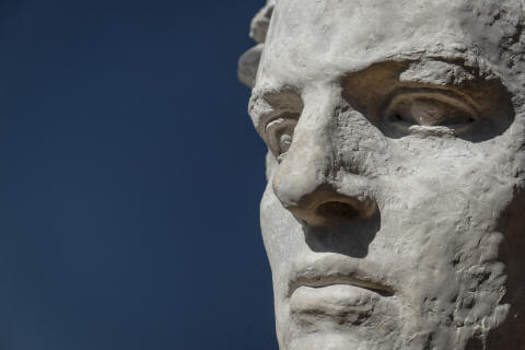Detalj fra Abel-monumentet av Gustav Vigeland. (4 av 4)  Jubileumsutstillingen Vigeland-museet 2019