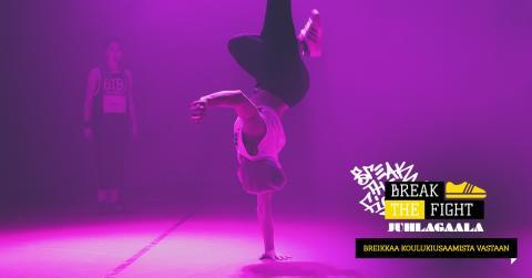 Break the Fight -hanke ja koreografi Arja Tiili juhlivat gaalaillalla 11.11. Savoyssa