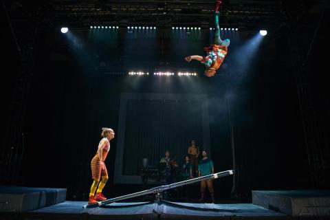 Utställningsöppning med Circus Cirkör