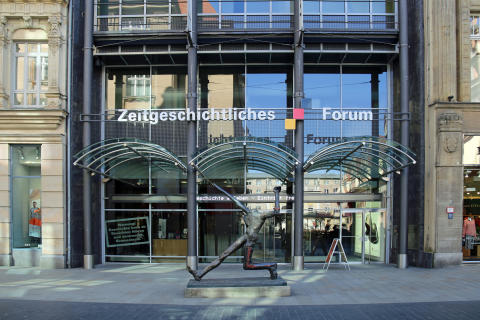 Eingang Zeitgeschichtliches Forum Leipzig