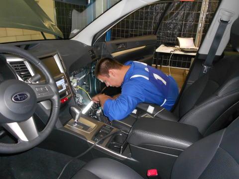 Europas skickligaste Subaru-tekniker