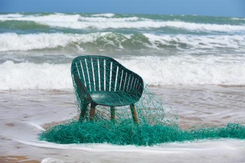 Plantagens nya utomhusmöbel gjord av återvunnen plast från havet