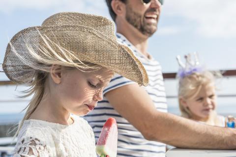 Jente med hatt
