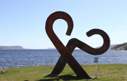 Våg, skulptur av Dag A Birkeland
