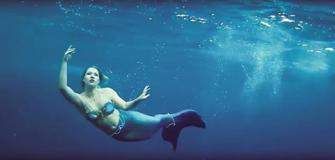 Mermaiding – simma som en sjöjungfru