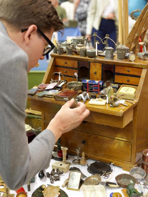 På Antikdagen säljs endast äldre saker och kvaliteten är oftast hög