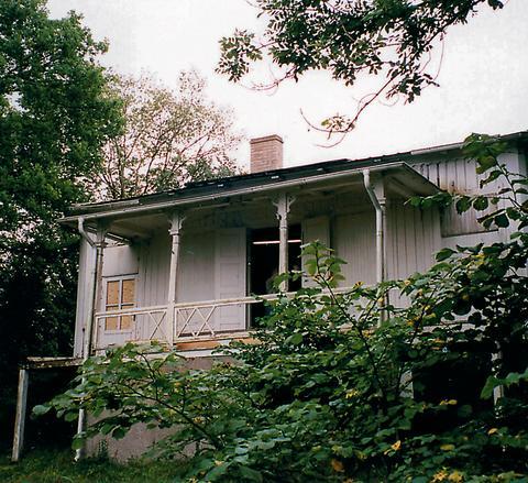 Hvita villan 2000 - före byggnadsvårdsläger