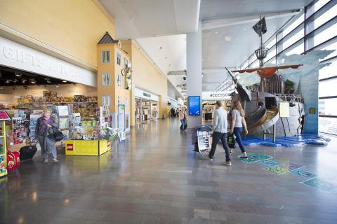 Stockholm Arlanda Airport, Airport Shopping