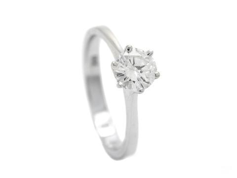 Klassiska 30/1, Nr: 312, ENSTENSRING, 18K vitguld, briljantslipad diamant 0,78 ct