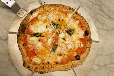 Italienarna är eniga - Giro är Stockholms bästa pizzeria