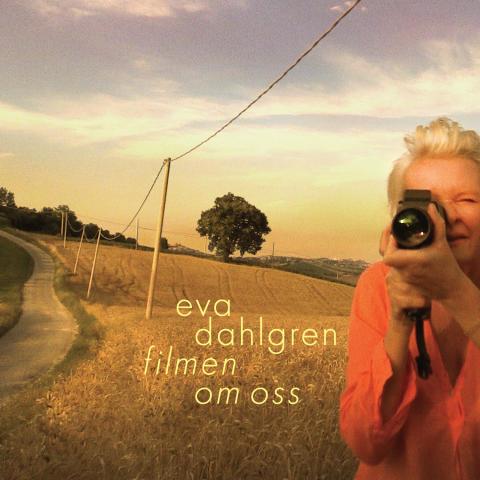 Det var åtta år senast, nu släpper Eva Dahlgren ny singel och album.