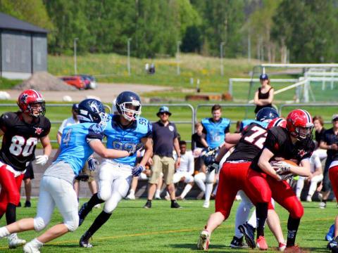 Idrottsgymnasiet + Carlstad Crusaders = NIU