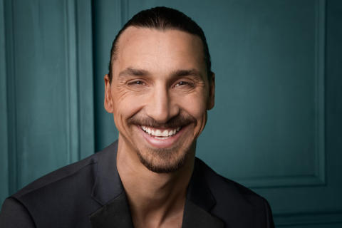 Zlatan_smiling_press