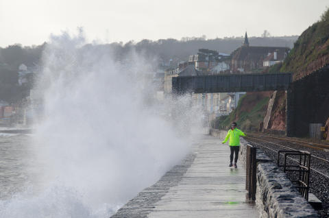 Drop-in session ahead of Dawlish construction flood prevention scheme