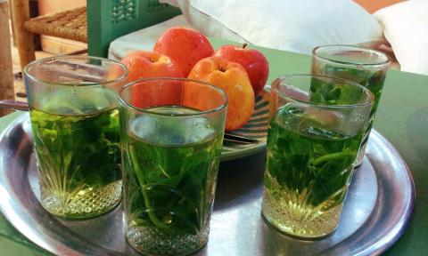 Fresh Moroccan Mint Tea_NOSADE Yoga Retreats Marrakech