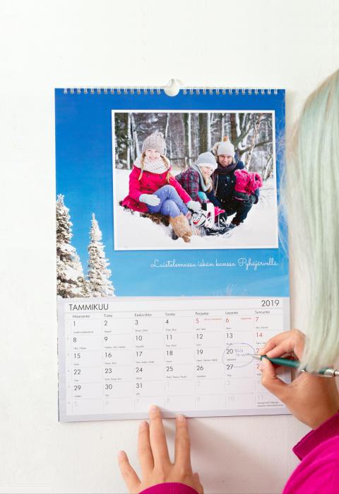 Seinäkalenteri 2019 perhe