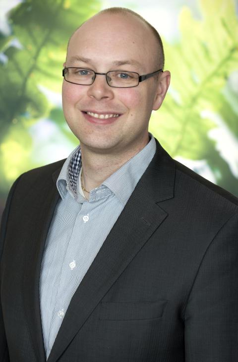 Mikael Toll