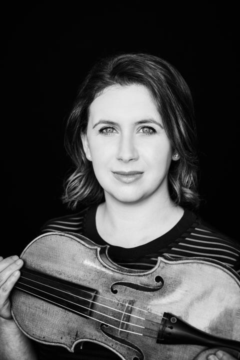 Prisbelönta violinisten Chloë Hanslip spelar Mendelssohns mästerverk
