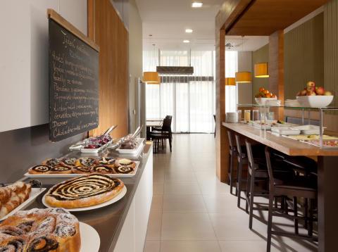 Comfort Hotel Olomouc Centre Breakfast Room 2