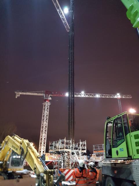 Store dimensjoner under bygging av den nye Seutbrua. Her  etableres ett av fem søylefundament .