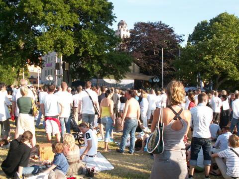 Almedalen folkmassa