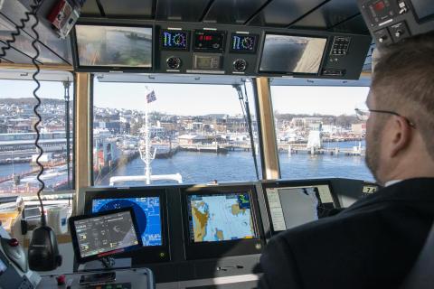 Kongsberg Maritime's Adaptive Transit system brings Bastø Fosen VI safely alongside