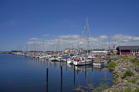 Lommabuktens Seglarklubb i Lomma har utsetts till Årets Båtklubb 2016. Klubben är mycket aktiv hela året runt och har cirka 1 000 medlemmar.