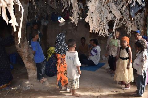 ADRA Jemen barn i byn