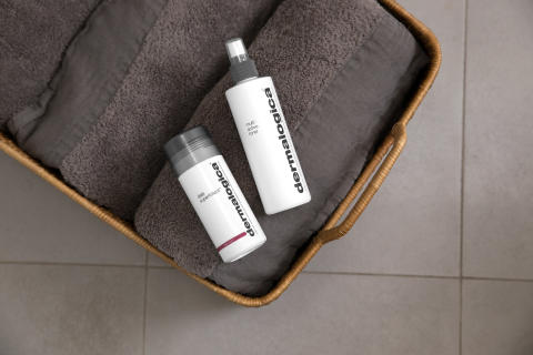 Daily Superfoliant and Multi-Active Toner on Towels