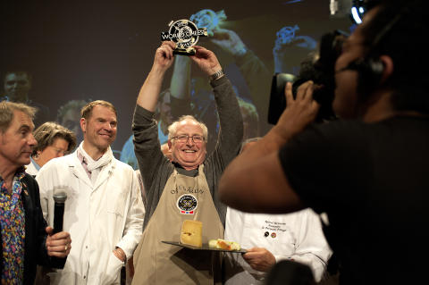 """Der halbfeste Rundkäse Fanaost hat bei den """"World Cheese Awards 2018"""" in Bergen die Goldmedaille gewonnen."""