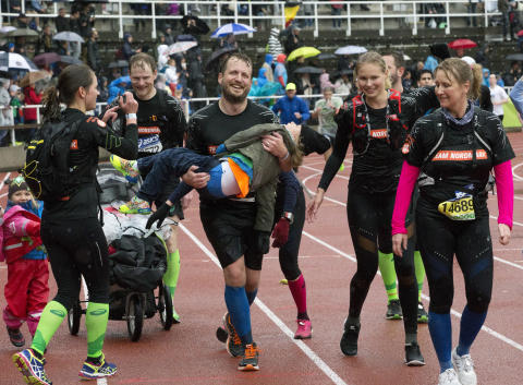 7-årige Hugo deltar i Stockholm Marathon - för tredje gången!