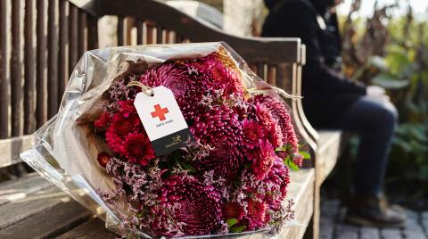 Send blomster – og bekæmp ensomhed