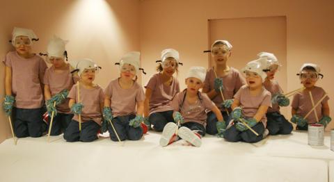 design Passion barn målar före