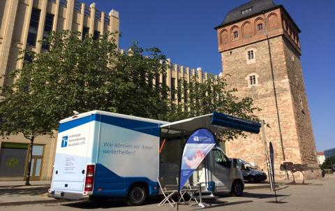 Beratungsmobil der Unabhängigen Patientenberatung kommt am 11. August nach Chemnitz.