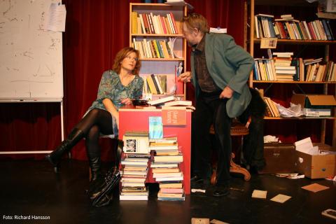 Timmarna med Rita på turné våren 2012 i ett samarbete mellan Teater Aftonstjärnan och Folkteatern Göteborg