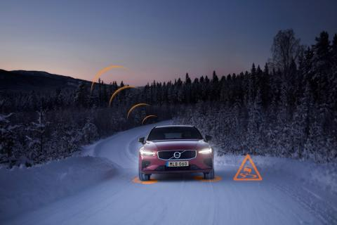 Slippery Road Alert demonstration on V60