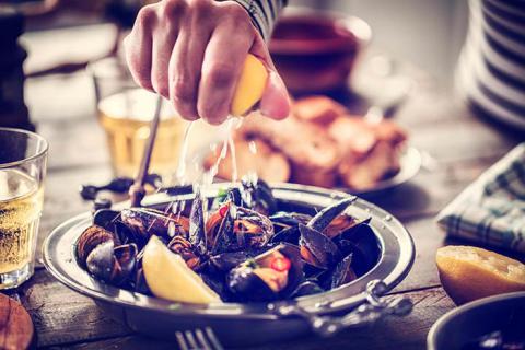 Sensational Seafood Saturdays at PARKROYAL Parramatta