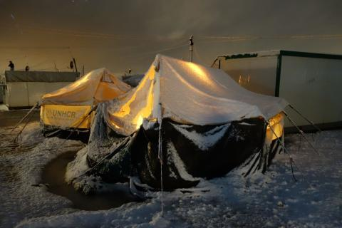 Flyktingläger i vintertid