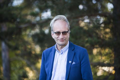 """Nivelrikkoa Suomessa yli miljoonalla: """"Tekonivelleikkausten määrän lisääminen ei voi olla tulevaisuuden ratkaisu"""""""